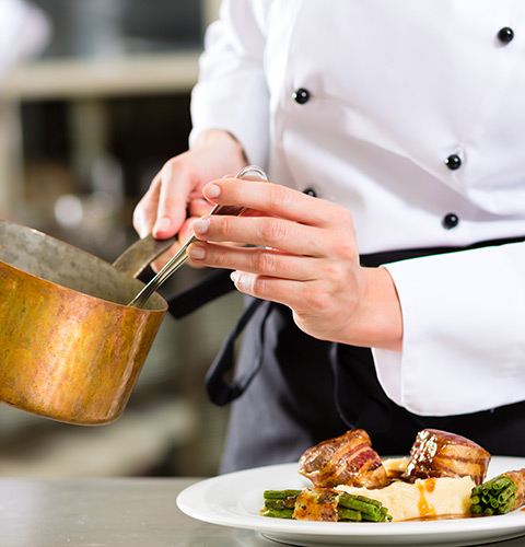 EM Tourism - Royal Food Experience